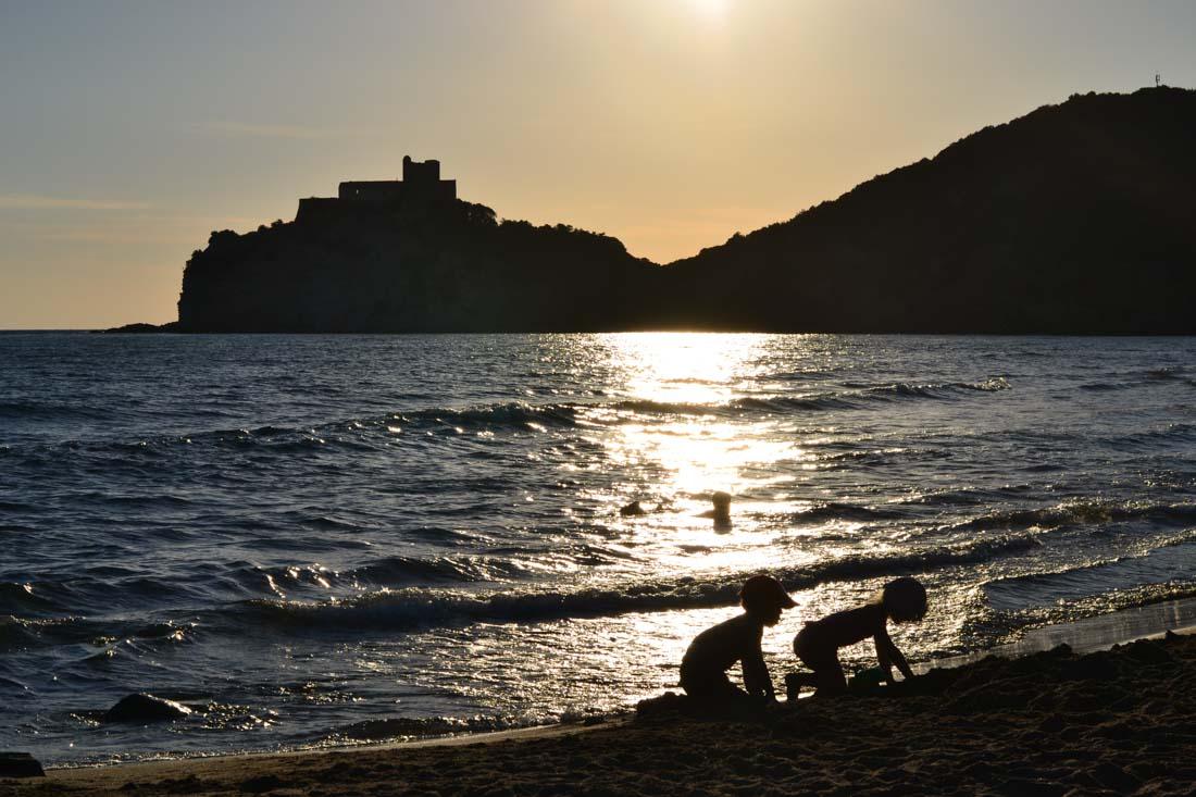 Spiaggia delle Rocchette - Camping Village Santapomata